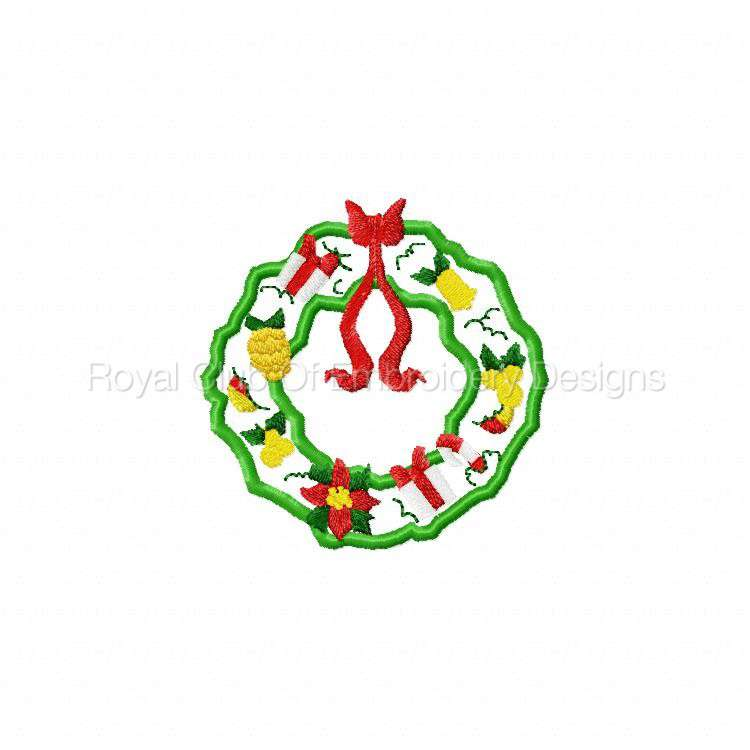 christmaswreaths_02.jpg